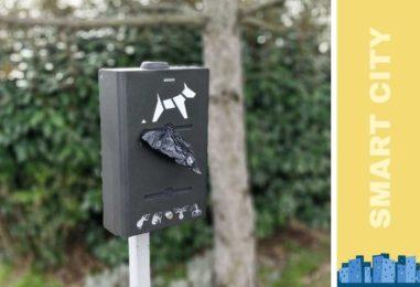 Distributeur de sac canin avec capteur connecté